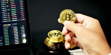 Bitcoin sees temporary flash crash, hits $8,200 on Binance